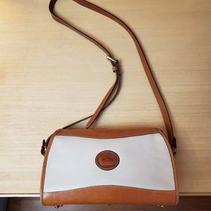Vintage Dooney and Bourke AWL classic bag
